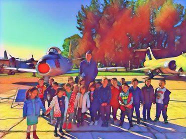 Μια ηλιόλουστη ξενάγηση στο Μουσείο της Πολεμικής Αεροπορίας στη Αεροπορική Βάση Τατοΐου!